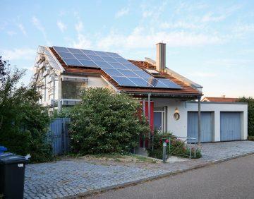 Architektonisches Einfamilienhaus mit Einliegerwohnung, 74374 Zaberfeld, Einfamilienhaus